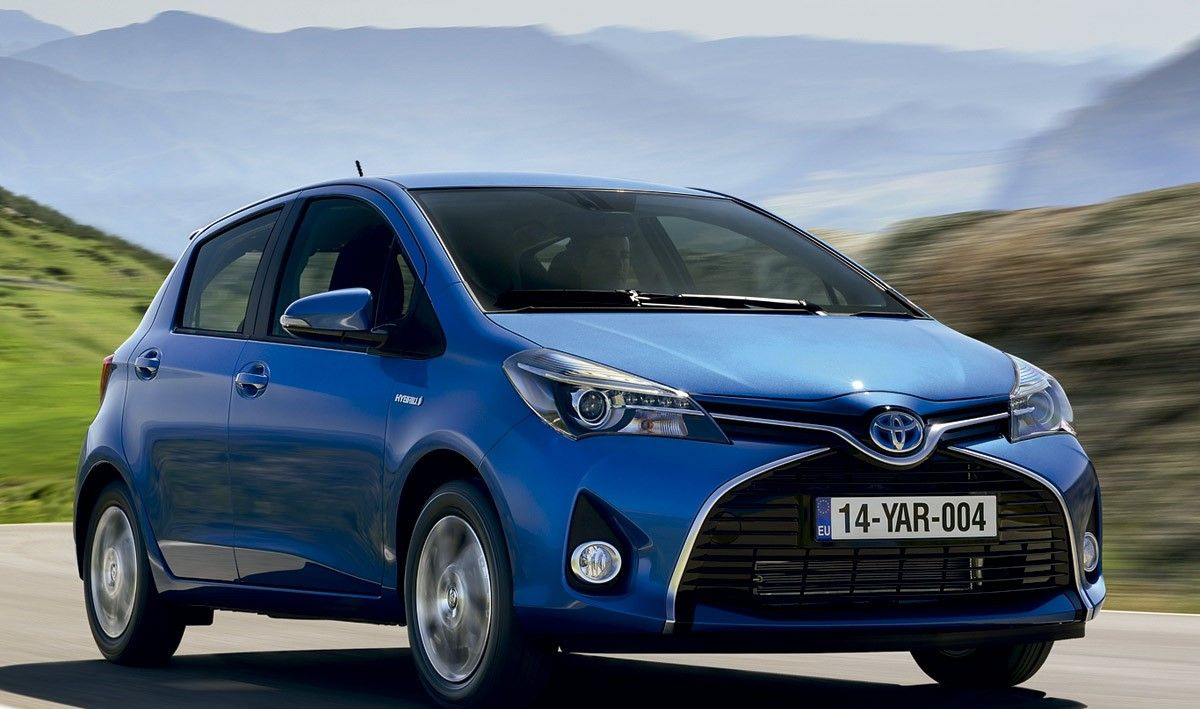 Novedades yaris archives cambiosecuencial for Exterior accessories toyota yaris